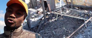 """San Ferdinando, ancora fiamme nella baraccopoli. Morto un migrante: """"Tragedia annunciata. Troppe promesse, servono fatti"""""""