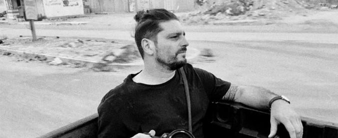 Gabriele Micalizzi, il fotoreporter colpito in Siria è atterrato a Milano: sarà trasferito all'ospedale San Raffaele