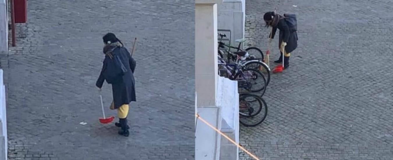 """Pesaro, trovata la 'spazzina volontaria': è una cittadina giapponese. Sindaco: """"Voglio premiarla"""""""