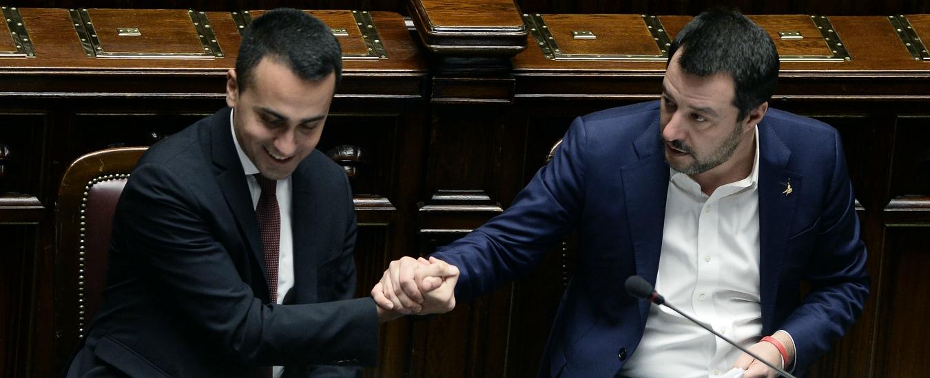 """Flat tax, Salvini: """"Nel 2019 per i lavoratori dipendenti"""". Di Maio frena: """"No promesse alla Berlusconi"""""""