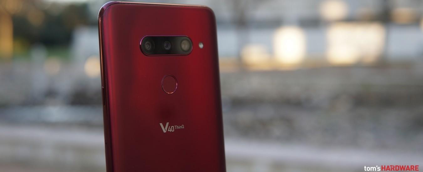 LG V40 ThinQ è lo smartphone top di gamma che dovrà vedersela con le novità del MWC di Barcellona