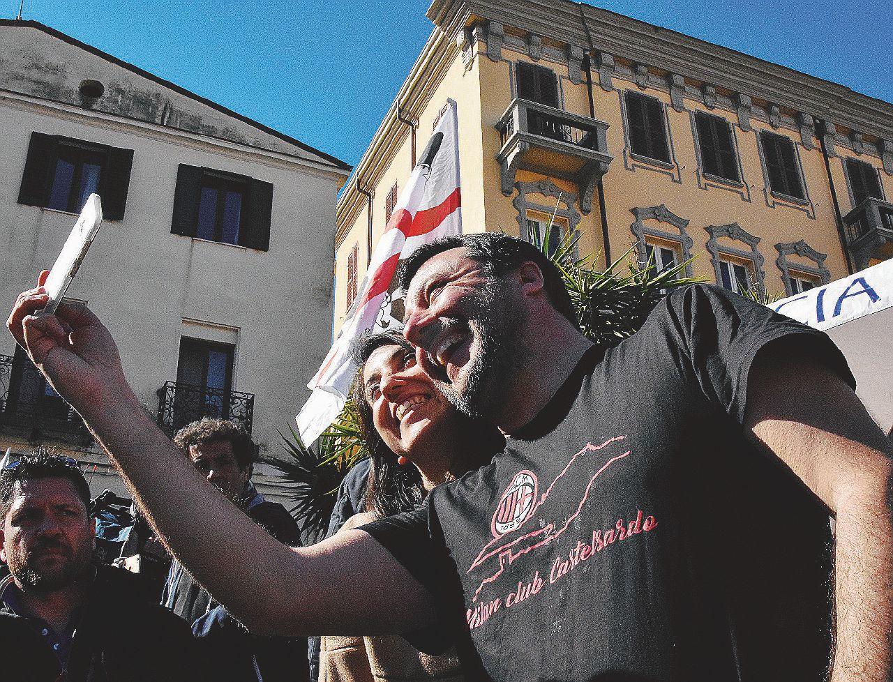 Massoni, riciclati, impresentabili: l'imbarazzante Lega di Sardegna