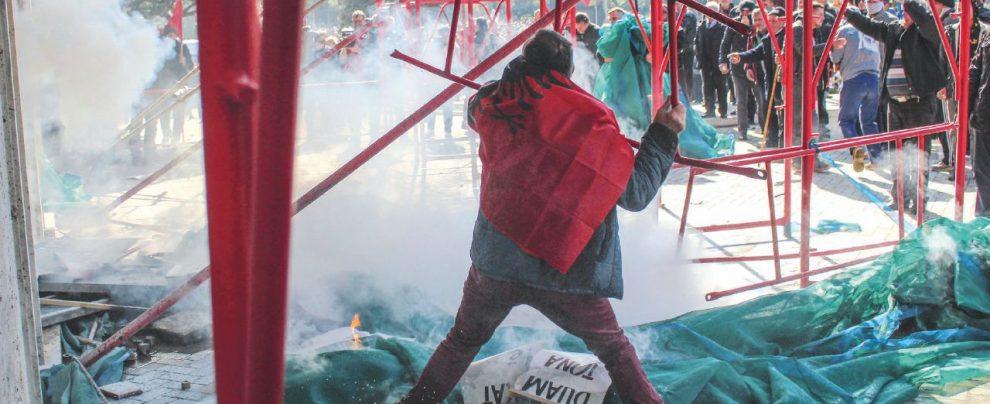"""Il Venezuela è """"cattivo"""", l'Albania che si rivolta no"""