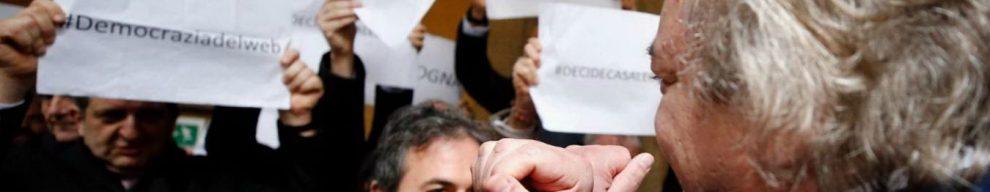 Diciotti, la giunta dice No al processo per Salvini. Pd protesta, Giarrusso fa gesto manette. Bonafede: 'Non si permetta'