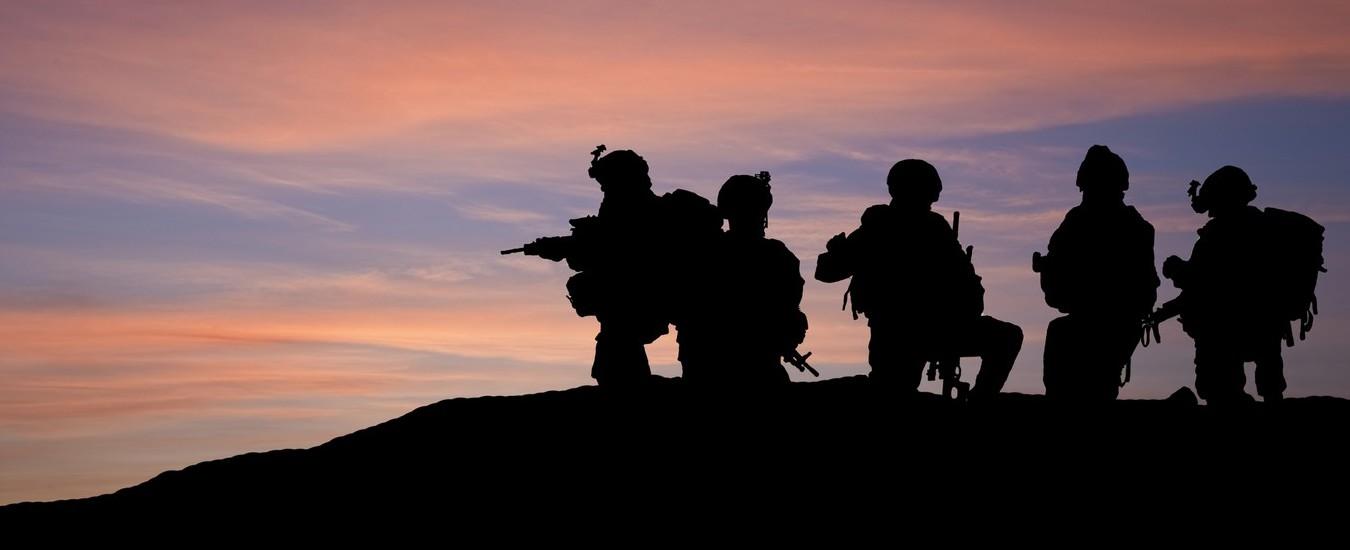 Facebook può essere una minaccia per le forze armate? Un esperimento della NATO lascia a bocca aperta