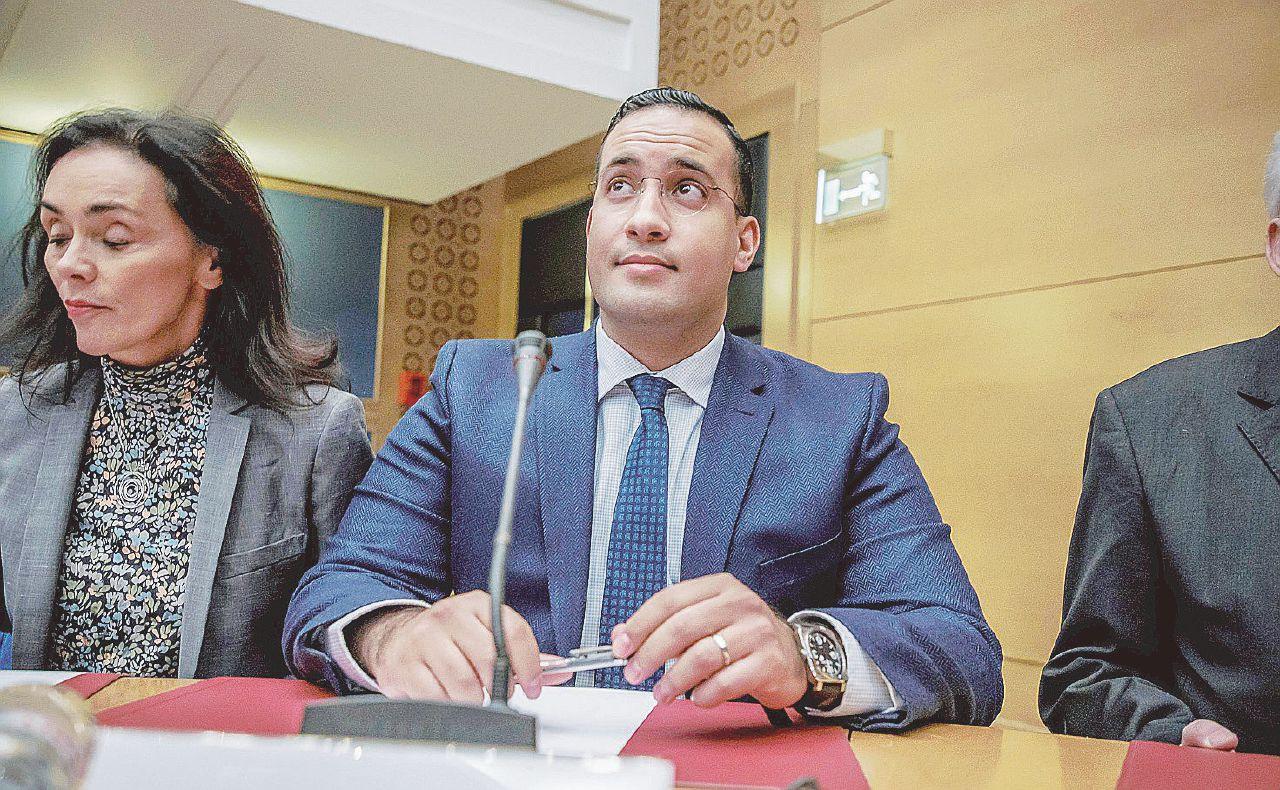 """""""Eliseo indulgente su Benalla"""": il Senato accusa"""