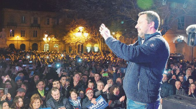 In Sardegna è gara a perdere: il favorito è sempre Salvini