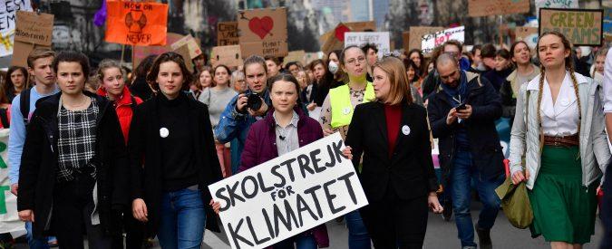 Clima, Greta e i giovani spronano i burocrati Ue ad agire. Ma la guerra al carbone è ancora lunga