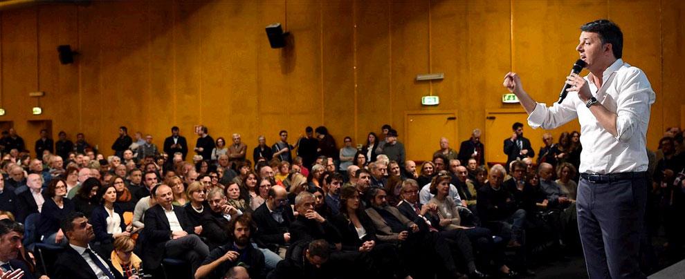 """Renzi, prima uscita pubblica dopo l'arresto dei genitori: """"Fiero di essere loro figlio. Ai pm dico che non scappiamo"""""""