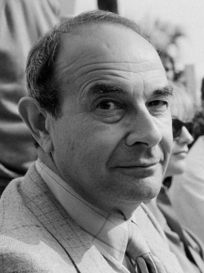 Stanley Donen morto, addio al regista di Cantando sotto la pioggia. Oscar e Leone d'oro alla carriera