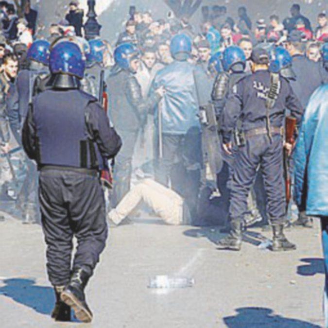 Scontri e arresti per la quinta candidatura di Bouteflika