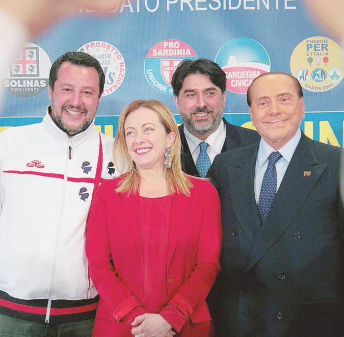 La Sardegna vota: Zedda contro l'invisibile Solinas