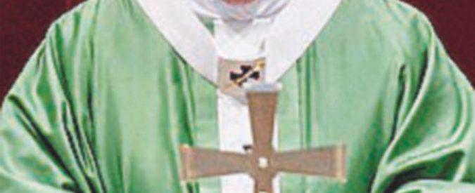 """Il Papa: """"Pedofilia mostruosa"""". Ma le vittime: """"Solo parole"""""""