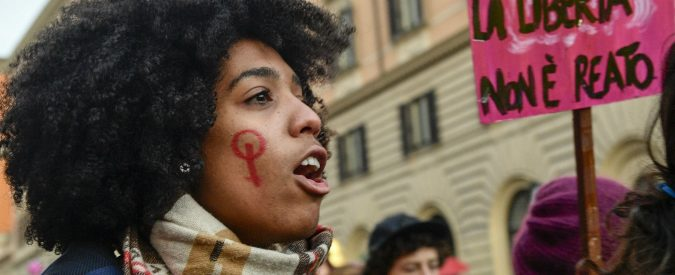 Violenza sulle donne, l'Italia è un Paese sessista. E i dati (che non ci sono) lo confermano