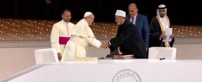 Con l'incontro tra il Papa e l'Imam è nata una nuova politica. Che merita considerazione