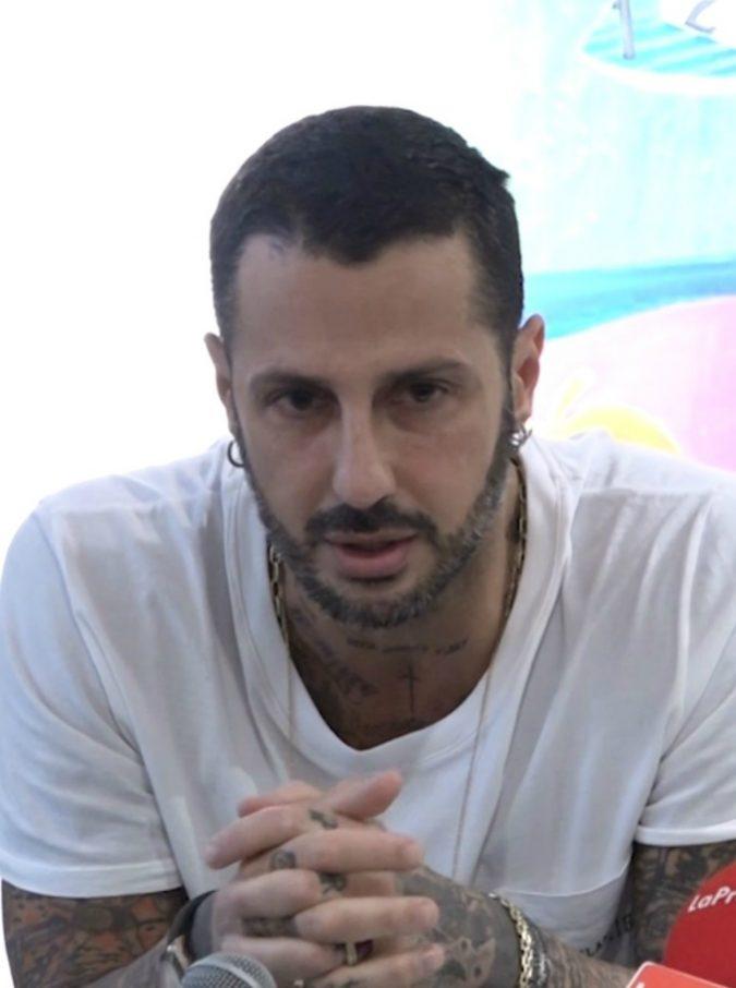 """Fabrizio Corona chiede ai giudici """"un'altra possibilità"""" ma la Procura: """"Resti in carcere e sconti un anno in più"""""""