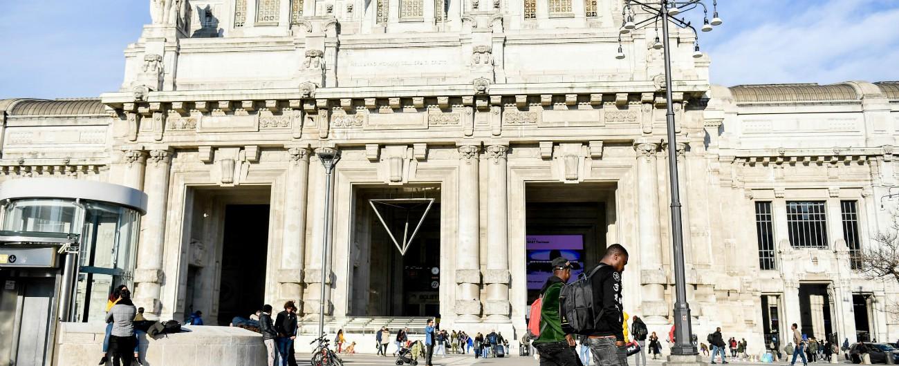 Milano, accoltellamento nella galleria della stazione Centrale: due feriti