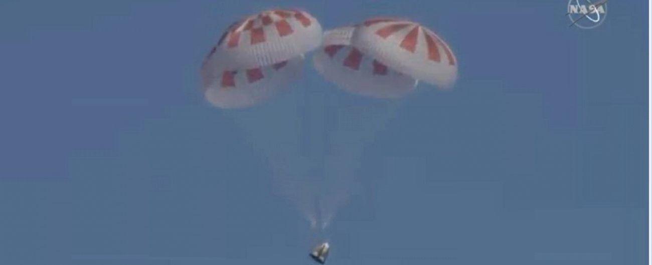 Crew Dragon rientra sulla Terra, festa per la SpaceX di Elon Musk e la Nasa