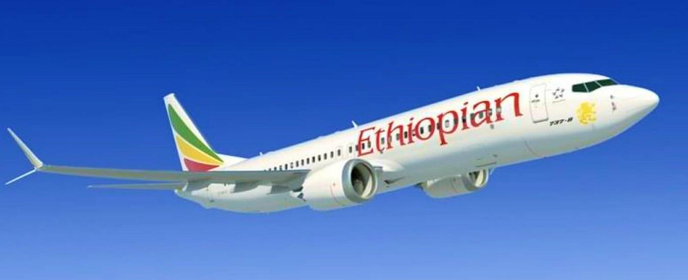 """Ethiopian Airlines, il rapporto: """"Lo schianto di Addis Abeba non dovuto a errore umano. Boeing riveda il software"""""""
