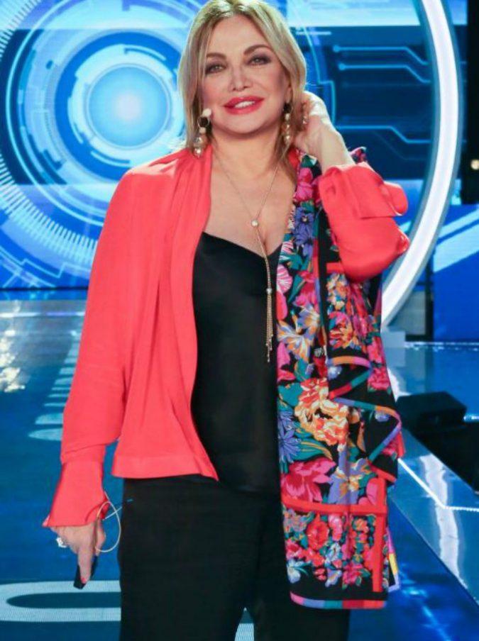 """Simona Izzo: """"Ho un disturbo bipolare. Antonello Venditti? Mi ha tradito, non lo perdono"""""""