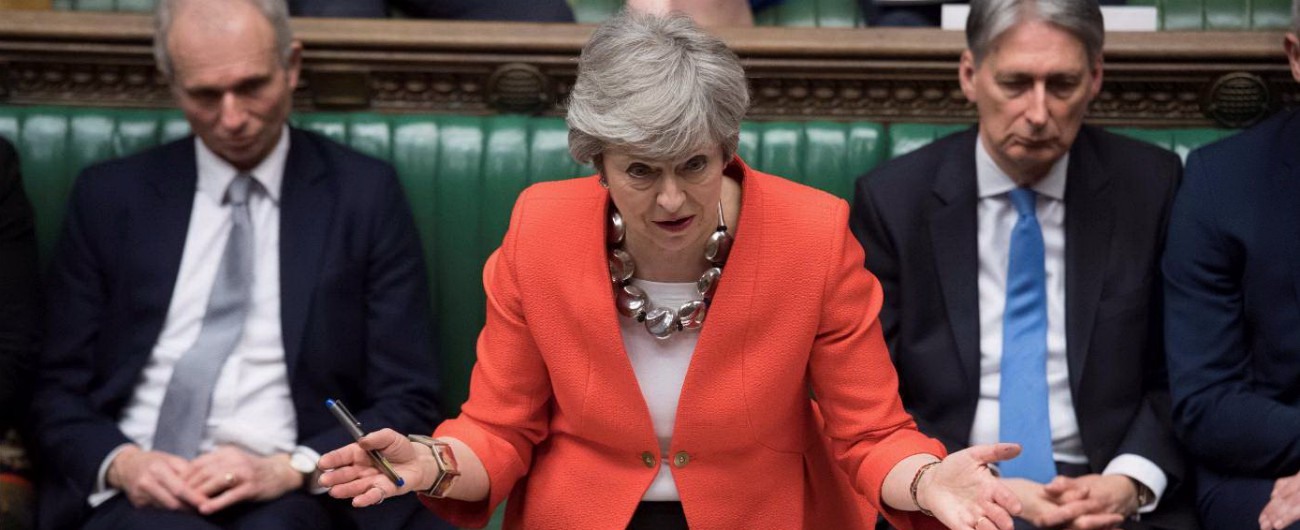 Brexit, May ritenta: mozione per rivotare accordo il 20 marzo e rinviare addio a Ue. Spunta emendamento su 2° referendum