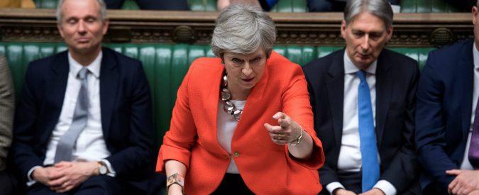 Brexit, il Parlamento rifiuta il 'no deal' e oggi vota la proroga. Ma il rischio è rimanere in trappola
