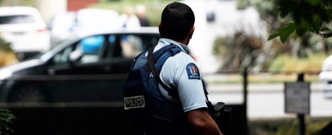 Attentato Nuova Zelanda, 40 morti in diretta Facebook. La violenza diventa show (e noi siamo complici)