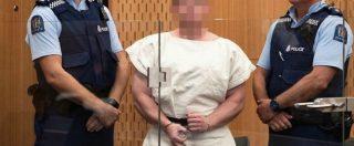 Strage in Nuova Zelanda, Brenton Tarrant in aula davanti al giudice fa il saluto dei suprematisti bianchi. Le immagini