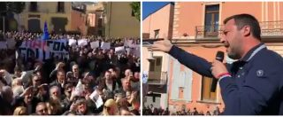 """Basilicata, Salvini ancora contestato al comizio. Interrotto da cori e proteste, si arrabbia: """"Andate fuori dalle palle"""""""