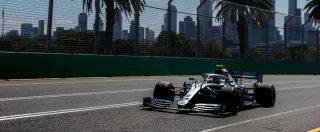 F1, gp di Silverstone: vince Hamilton davanti a Bottas. Terzo Leclerc. Vettel fuori gioco – risultati e classifica
