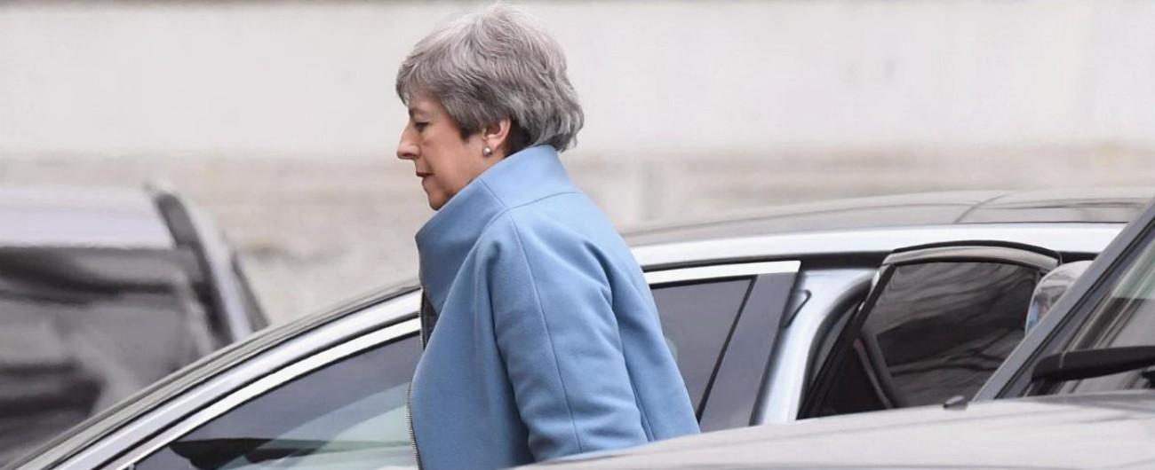 """Brexit, May 'obbligata' a chiedere il rinvio Bruxelles vuole Regno Unito alle europee """"A rischio il contesto legale dell'Unione"""""""