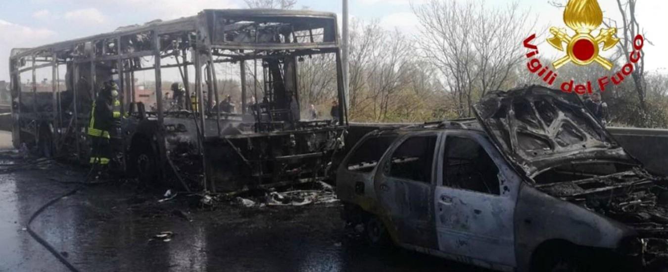 """Bus in fiamme a Milano, il racconto del carabiniere """"eroe"""": """"Così siamo riusciti a salvare quei bambini"""""""