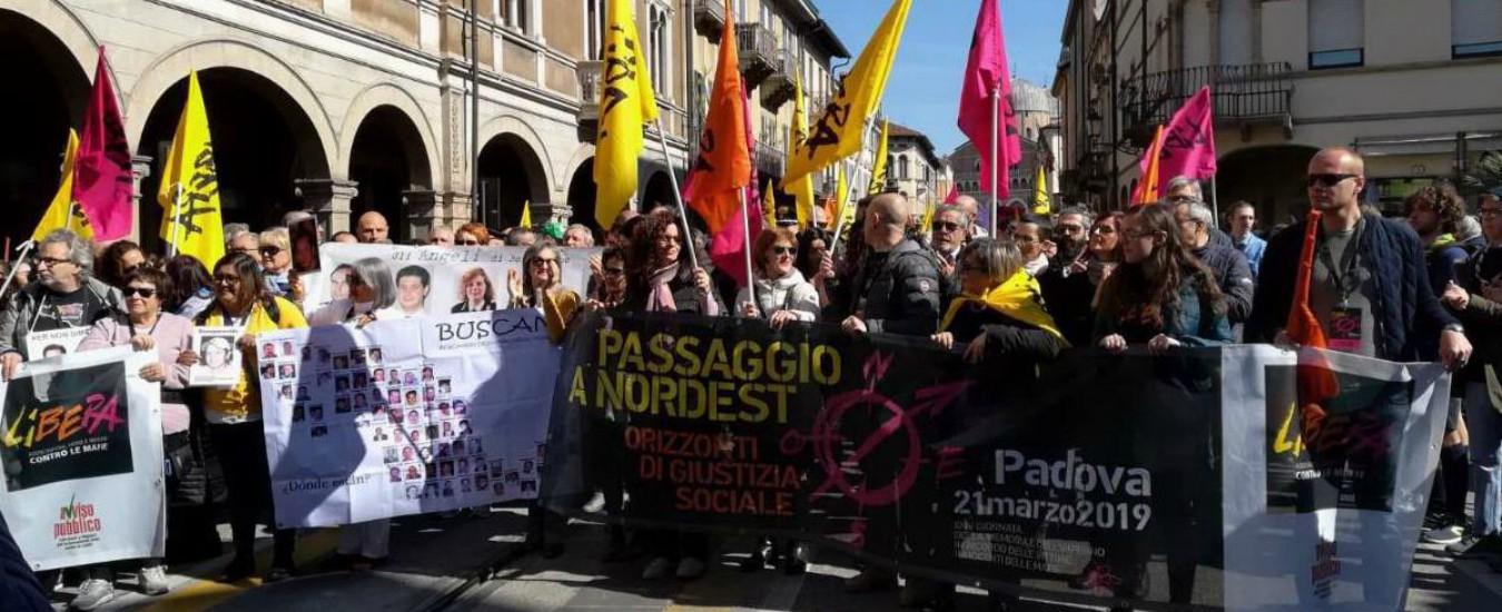 """Mafia, a Padova migliaia in strada per il corteo di Libera. Don Ciotti: """"Alzare voce mentre tanti scelgono prudente silenzio"""""""