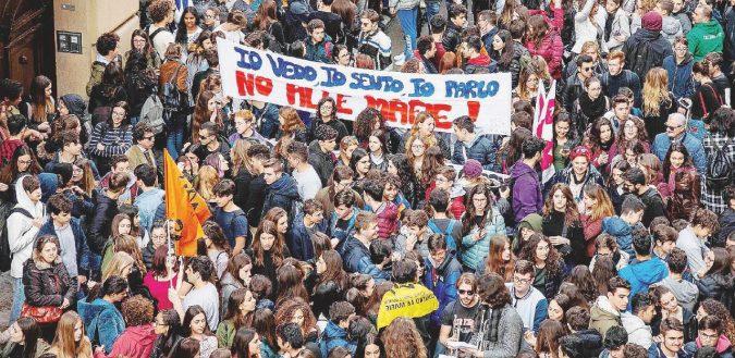 """In 50 mila con Libera e Avviso Pubblico: """"La vera emergenza è ancora la mafia"""""""