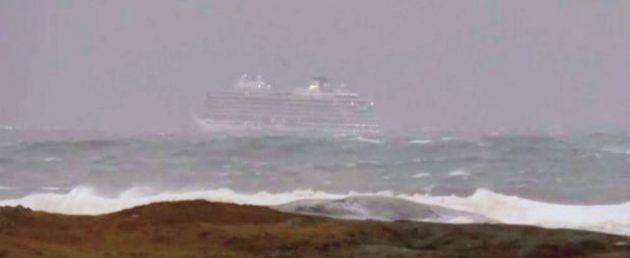 Norvegia |  la nave da crociera in avaria è riuscita a raggiungere il porto di Molde |  tutti
