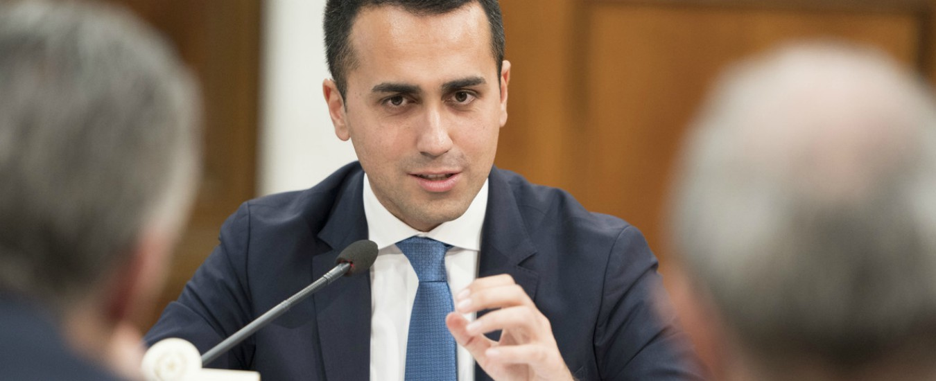 """Di Maio: """"Applichiamo legge, superiamo i campi rom e sgomberiamo Casapound"""""""