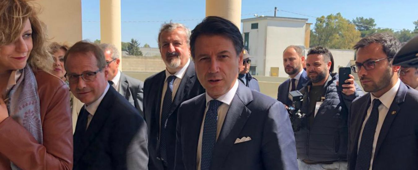 """Conte a Lecce: """"La mia esperienza termina con questo governo. Salvare il Movimento? Parliamo di sondaggi"""""""