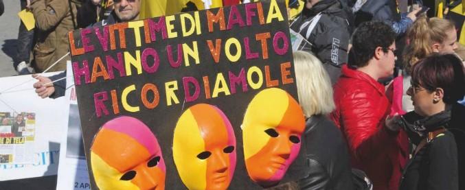 Palermo, incendiata l'auto di un'attivista di Libera volto della Giornata per ricordare le vittime delle mafie