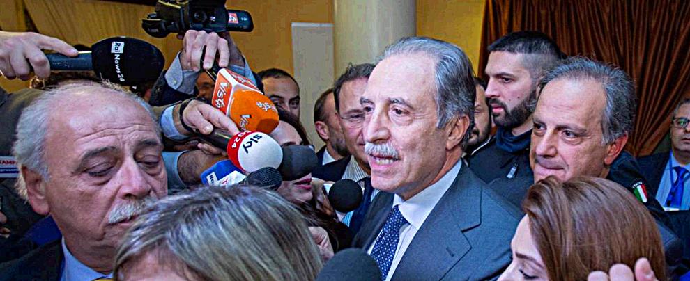 Elezioni Basilicata, Bardi presidente con il 42%. Centrosinistra cade dopo 24 anni e perde la sesta Regione. M5s al 20%
