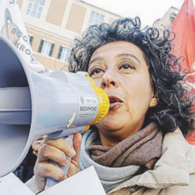"""Petizione contro il prefetto che ha """"cacciato"""" l'ex deputata"""