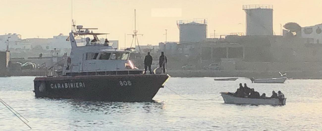 Lampedusa, 2 sbarchi fantasma in 24 ore Il sindaco Martello: 'Non sono mai finiti'.