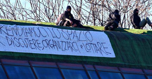 Torino, Blitz Di Un Gruppo Di Anarchici: Occupata Ex