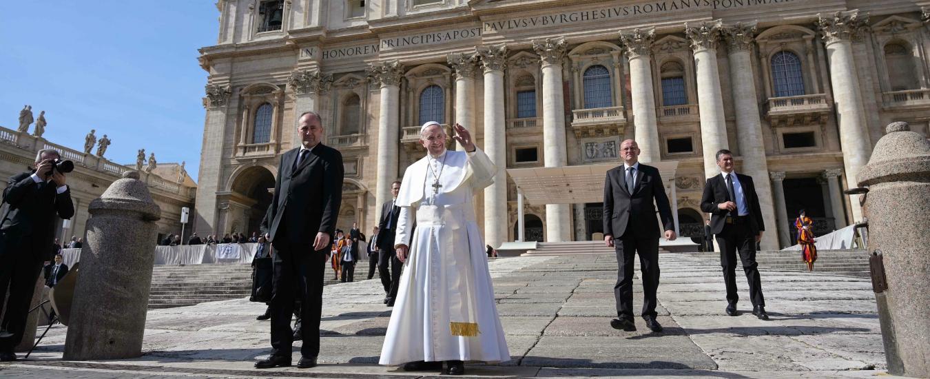 Vaticano, le dimissioni delle donne dell'Osservatore romano ci devono far drizzare le orecchie