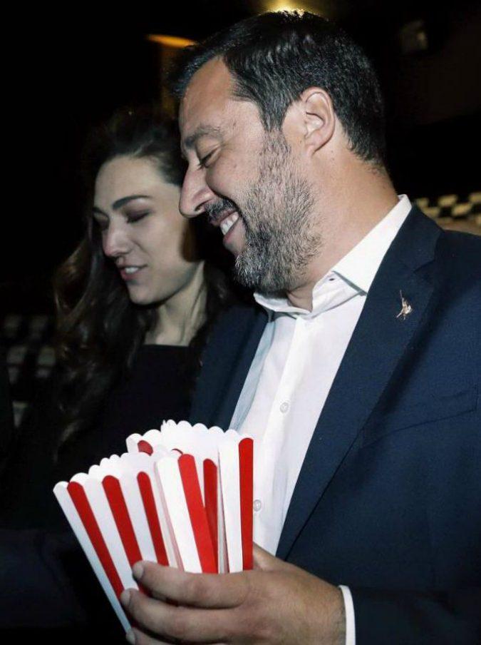 """Salvini con Francesca Verdini, il """"debutto"""" della nuova fidanzata del vicepremier: insieme al cinema per """"Dumbo"""""""