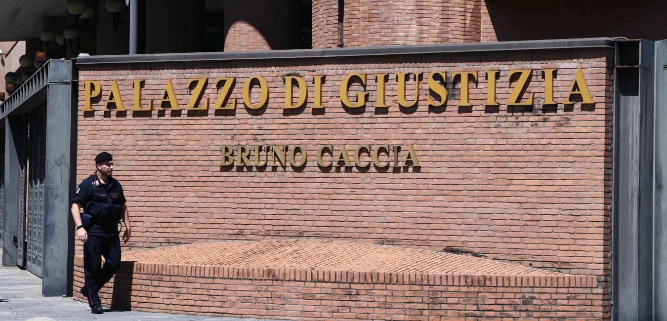 Insulti e botte ai disabili nel centro di riabilitazione, pm Torino chiede sei anni per il responsabile della struttura