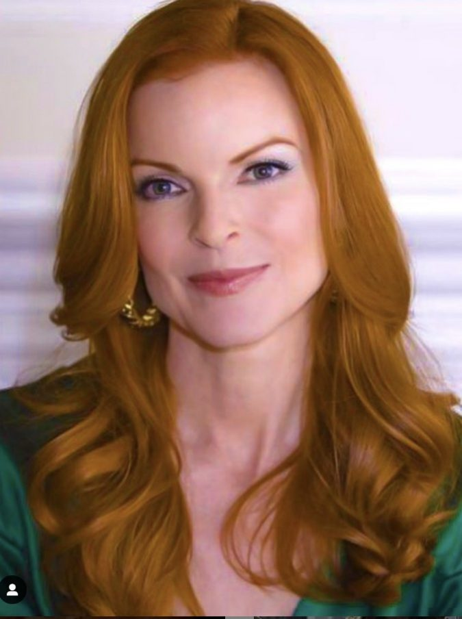 "Marcia Cross, l'attrice di Desperate Housewives e il marito lottano contro il cancro. Lei: ""Devo sentirmi in imbarazzo perché il mio tumore ha preso residenza nell'ano?"""