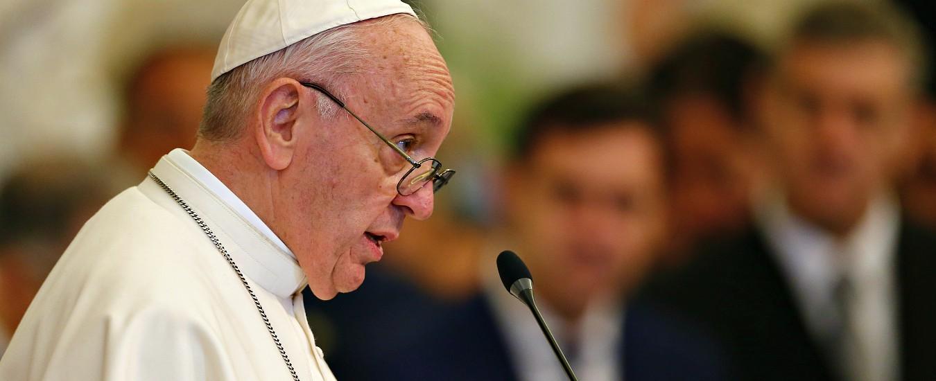 """Medjugorje, il Papa dà il via libera ai pellegrinaggi. """"Ma la Chiesa deve ancora esprimersi sulle apparizioni"""""""