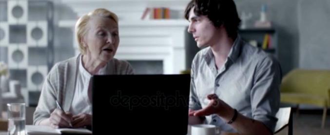 La privacy spiegata da mia nonna. Che nonostante gli 80 anni si fa le domande giuste