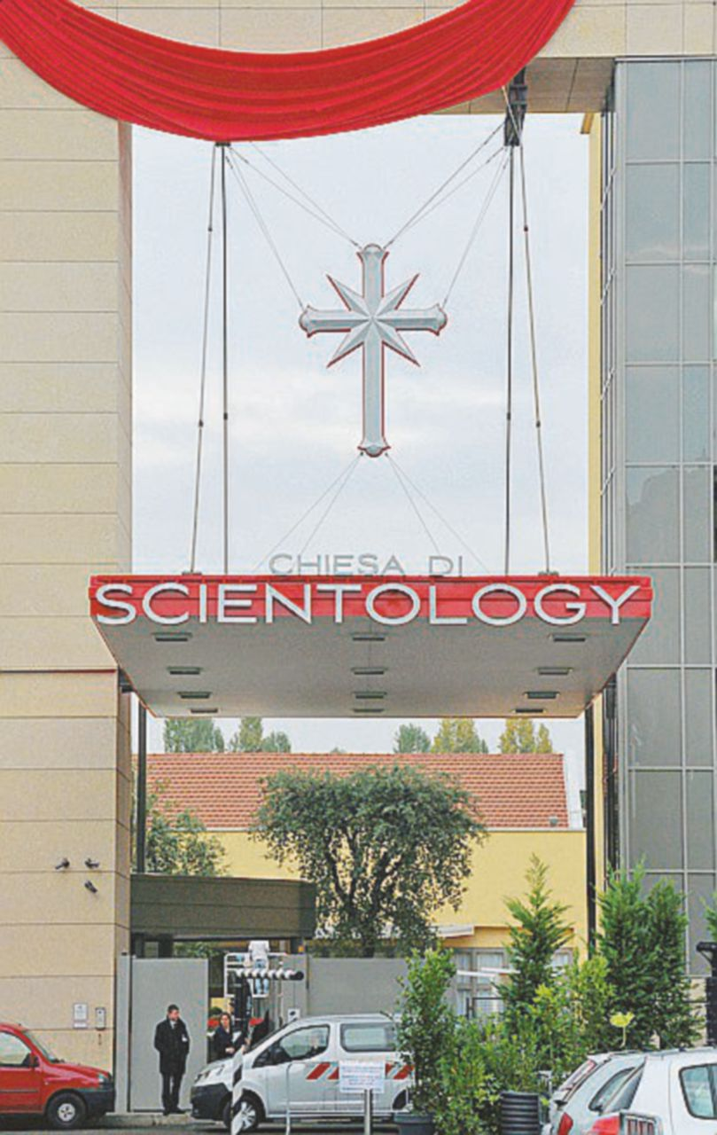 """""""Scientology paghi le spese ai due cronisti"""""""