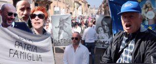 """Verona, sfila il popolo della famiglia tra cori antiabortisti e striscioni nostalgici. Gandolfini: """"Ci rivolgiamo a tutti i partiti"""""""